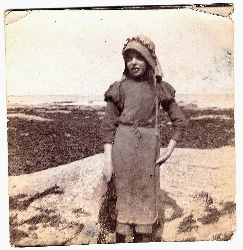 1898 A Young girl  model - Staithes