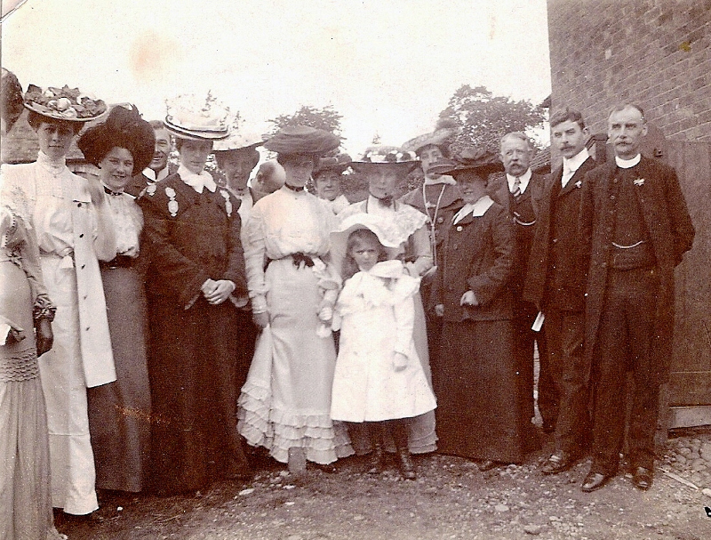 1903 Wedding guests at East Leake